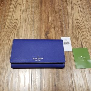✨HOST PICK ✨Kate spade mikas pond travel wallet